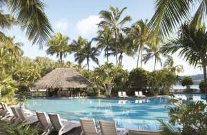 hamilton_island_pool_barl